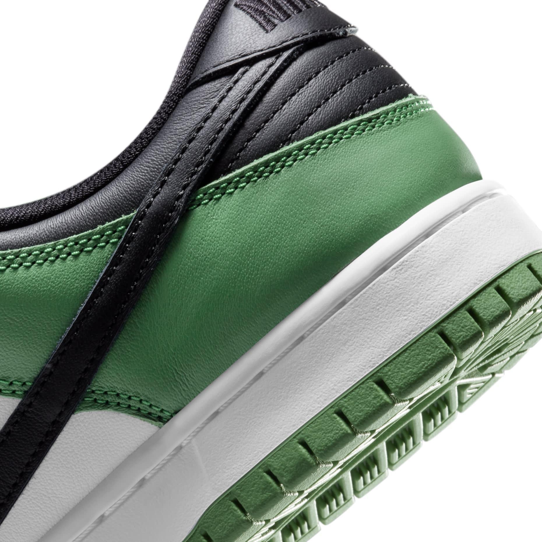 Nike SB Dunk Low 'Classic Green' BQ6817-302 Heel