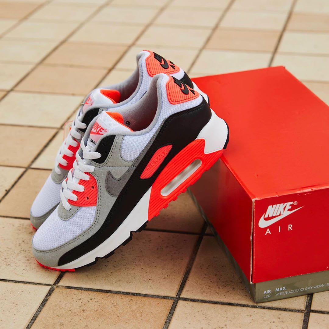 Nike Air Max 90 Infrared Release Date CT1685-100 Side