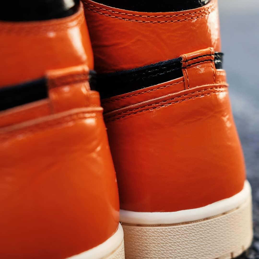 Air Jordan 1 'SBB 3.0' 555088-028 6