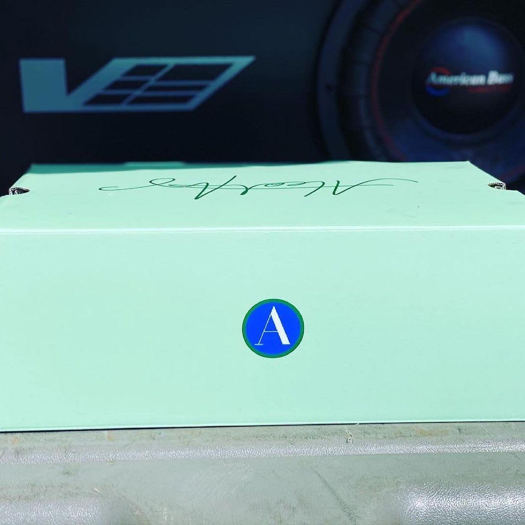 Aleali May x Air Jordan 14 XIV Low SP Release Date Box Front