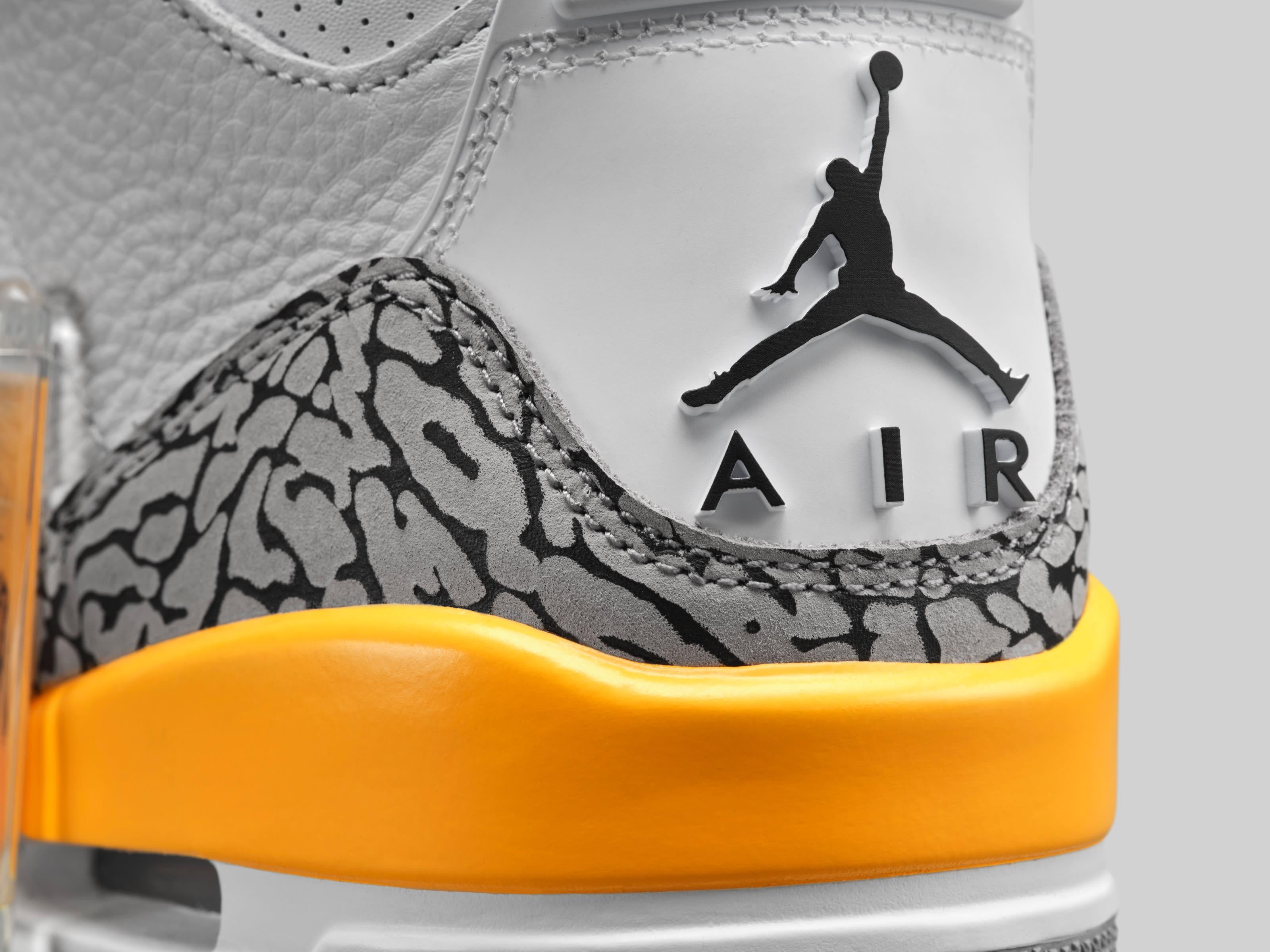 Air Jordan 3 Retro Women's 'Laser Orange' CK9246-108 Heel