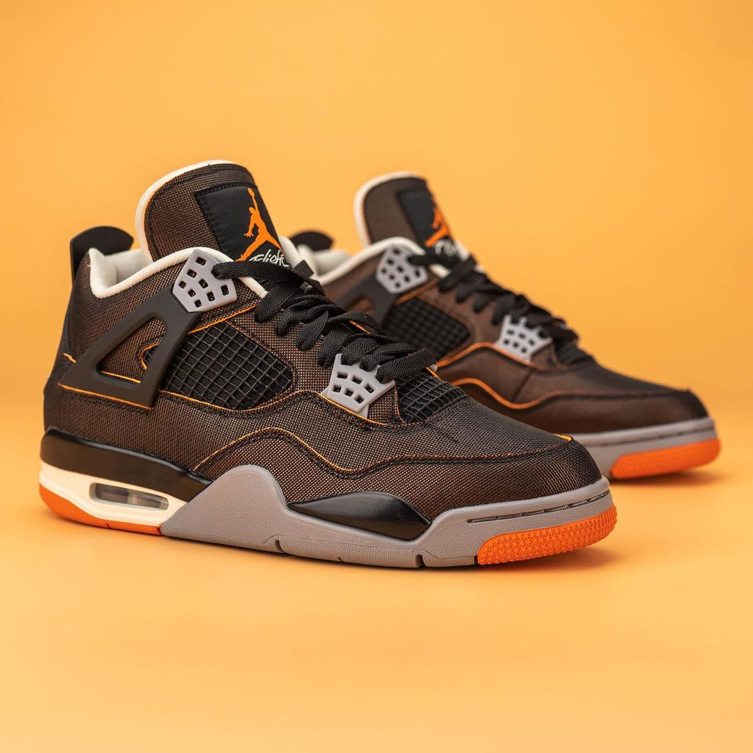 Air Jordan 4 IV Starfish Release Date CW7183-100 Pair Right