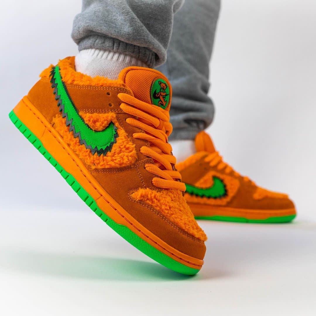 Grateful Dead x Nike SB Dunk Low Orange Release Date CJ5378-800