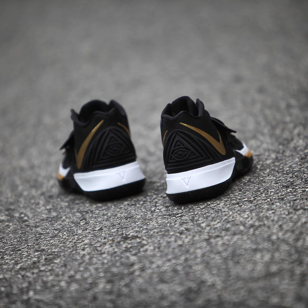 Nike Kyrie 5 Black Metallic Gold White Release Date AO2918-007 Heel