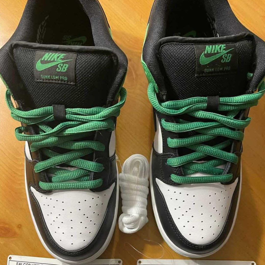 Nike SB Dunk Low 'Classic Green' BQ6817-302 Front