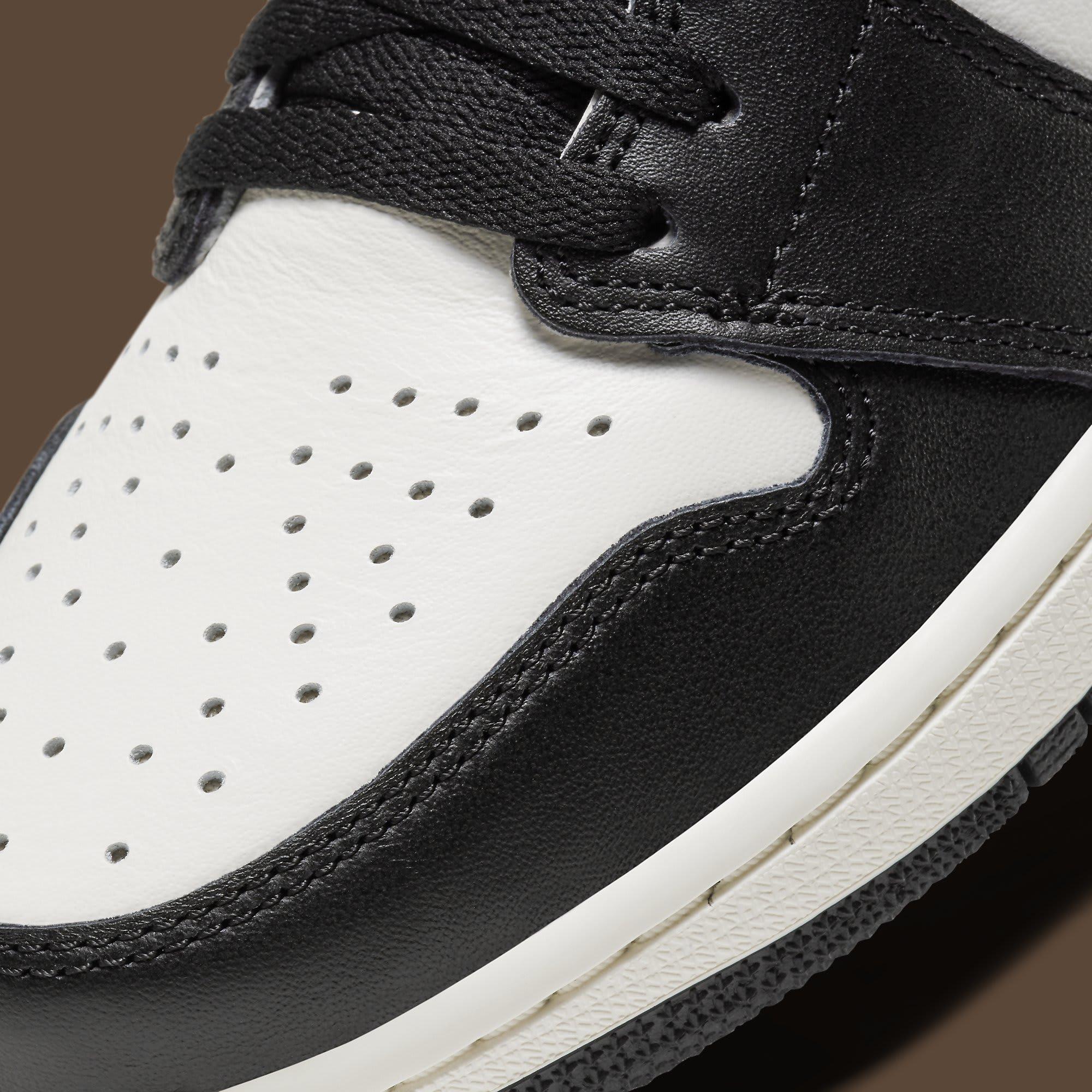 Air Jordan 1 Dark Mocha Release Date 555088-105 Toe Detail