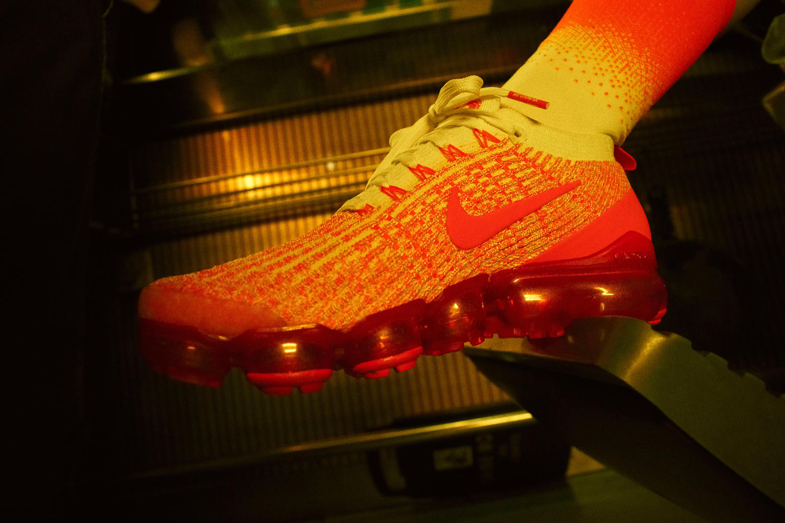 Nike China Hoop Dreams VaporMax Flyknit 3 Orange