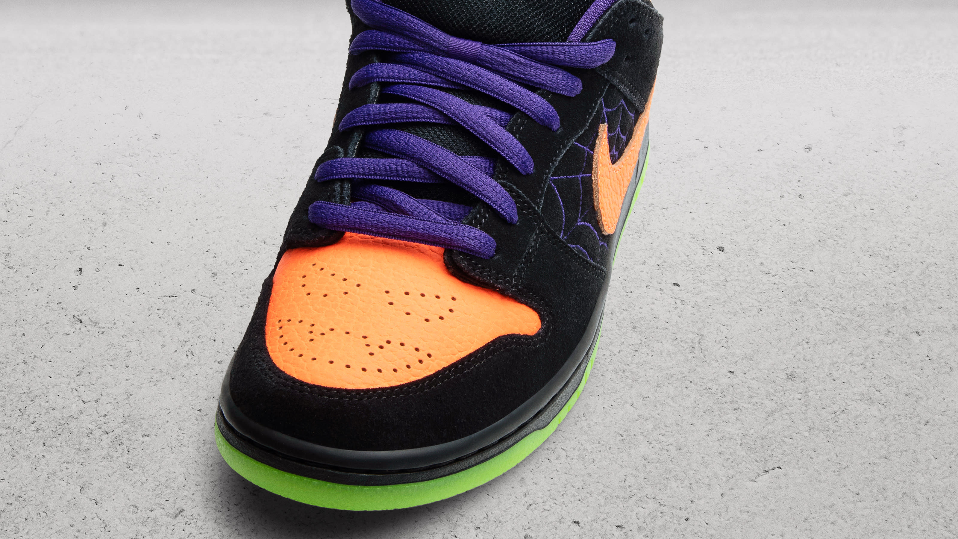 Nike SB Dunk Low 'Night of Mischief' Release Date | Sole