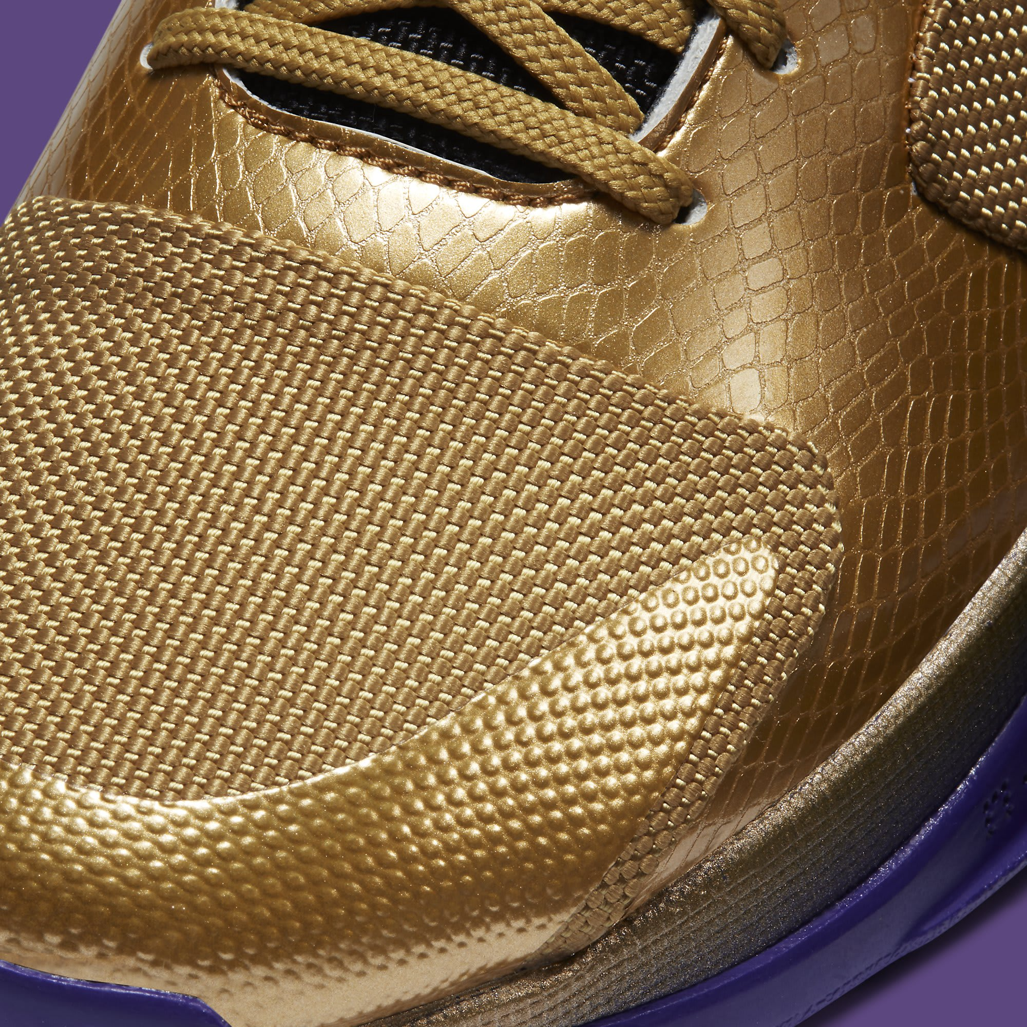 Undefeated x Nike Kobe 5 Gold Hall of Fame Release date DA6809-700 Toe