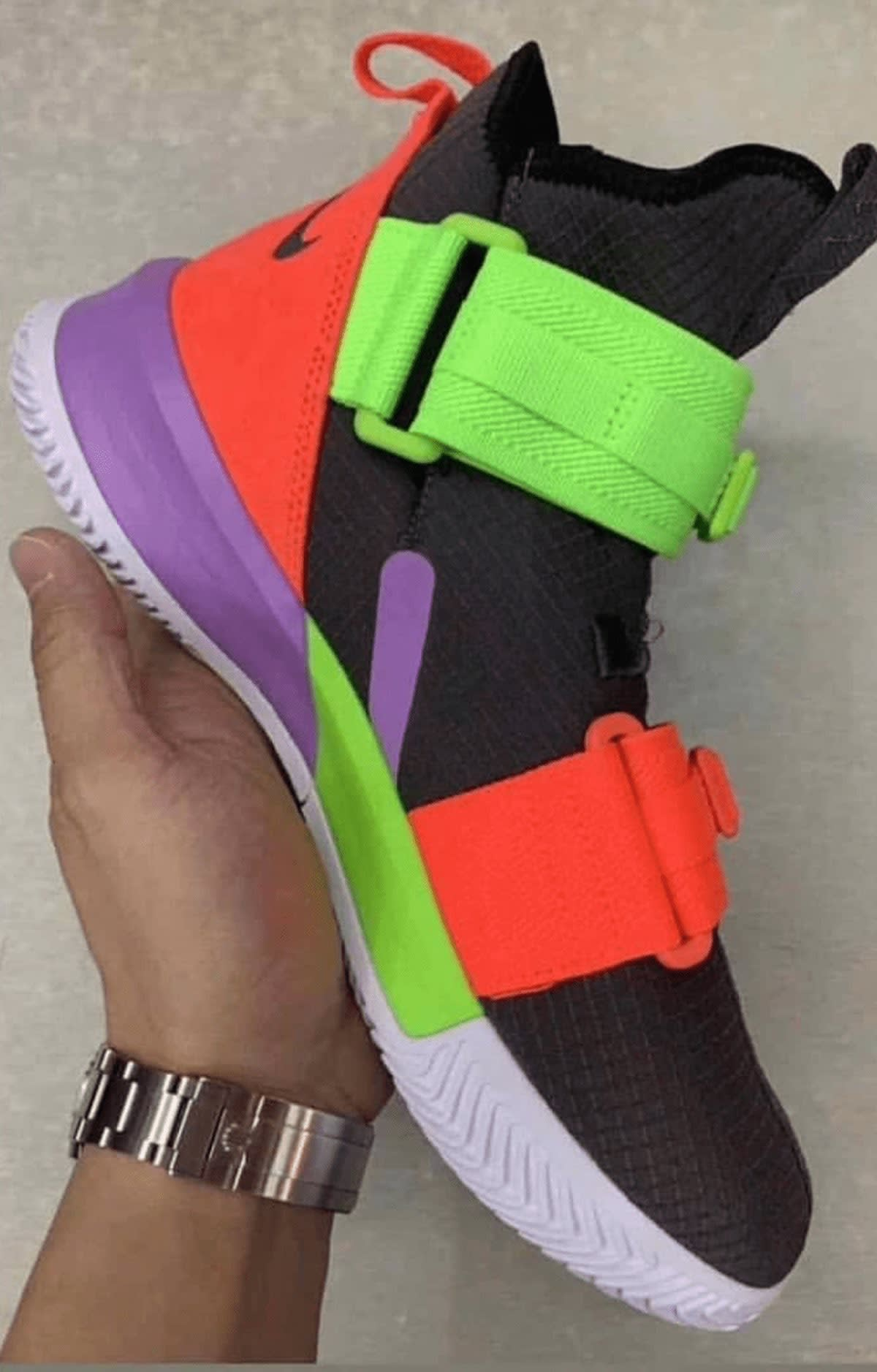 release date: 49e42 29110 Image via Hupu · Nike LeBron Soldier 13 Medial