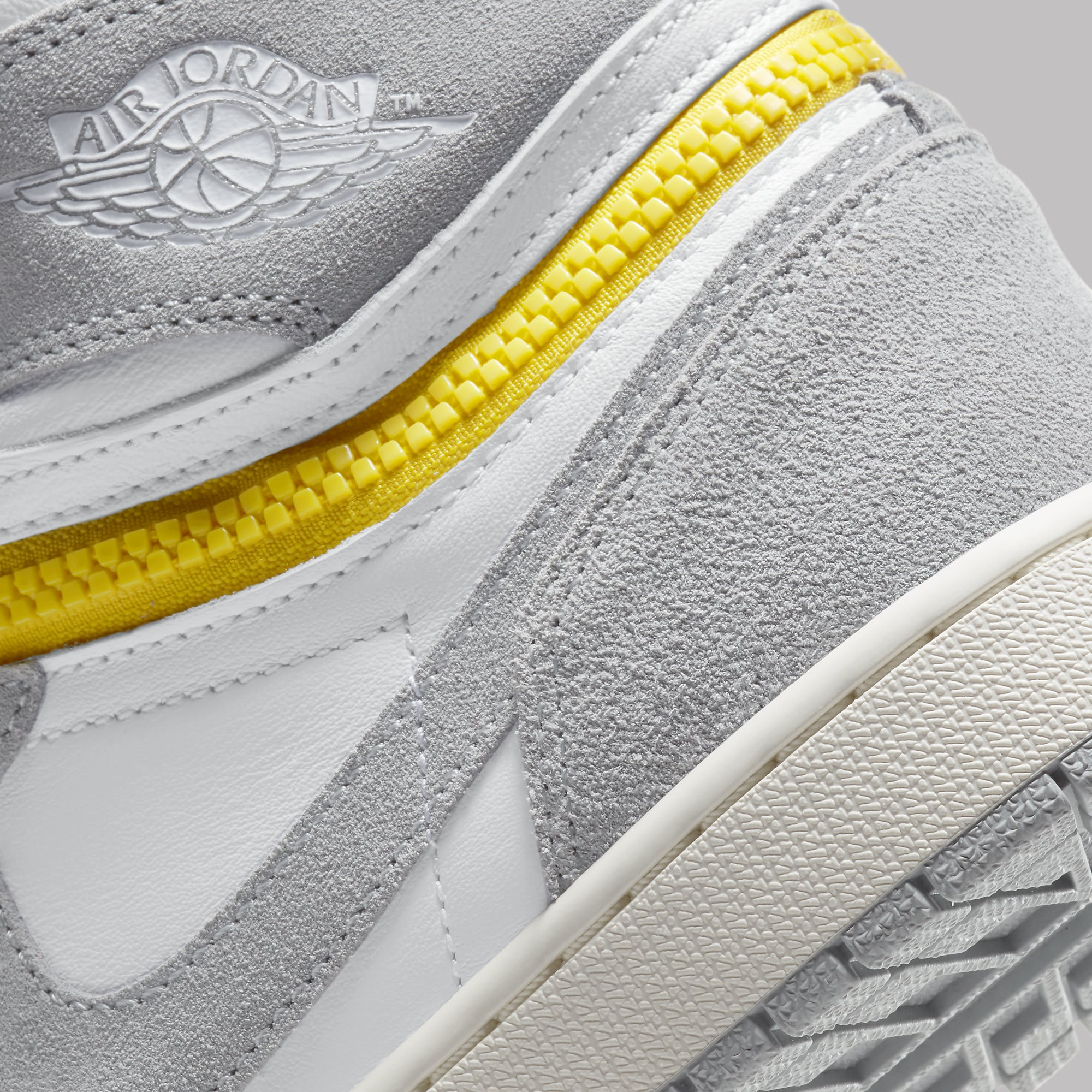 Air Jordan 1 High Switch White Light Smoke Grey Sail Tour Yellow Release Date CW6576-100 Heel Detail