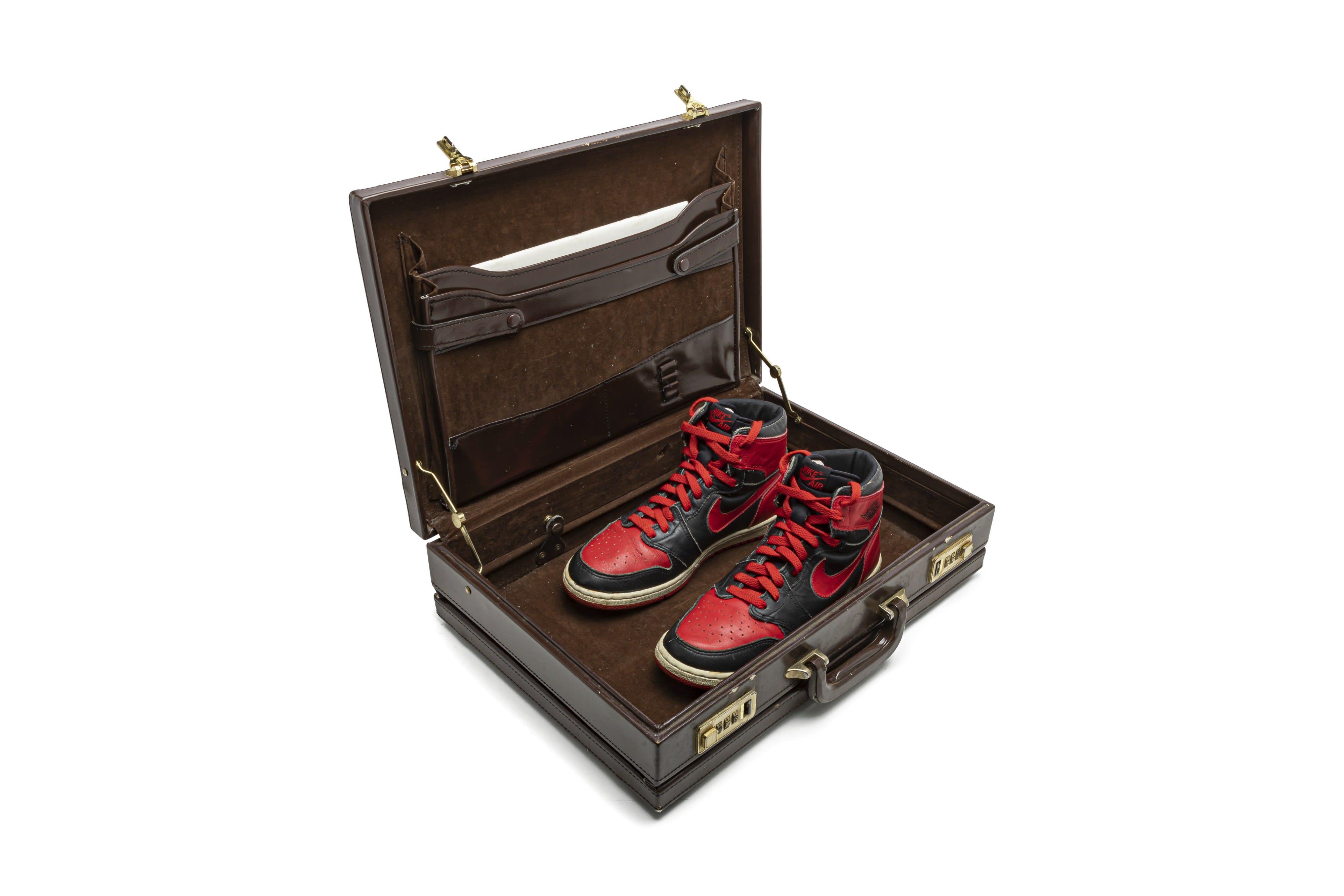 Air Jordan 1 'Bred' Salesman Sample