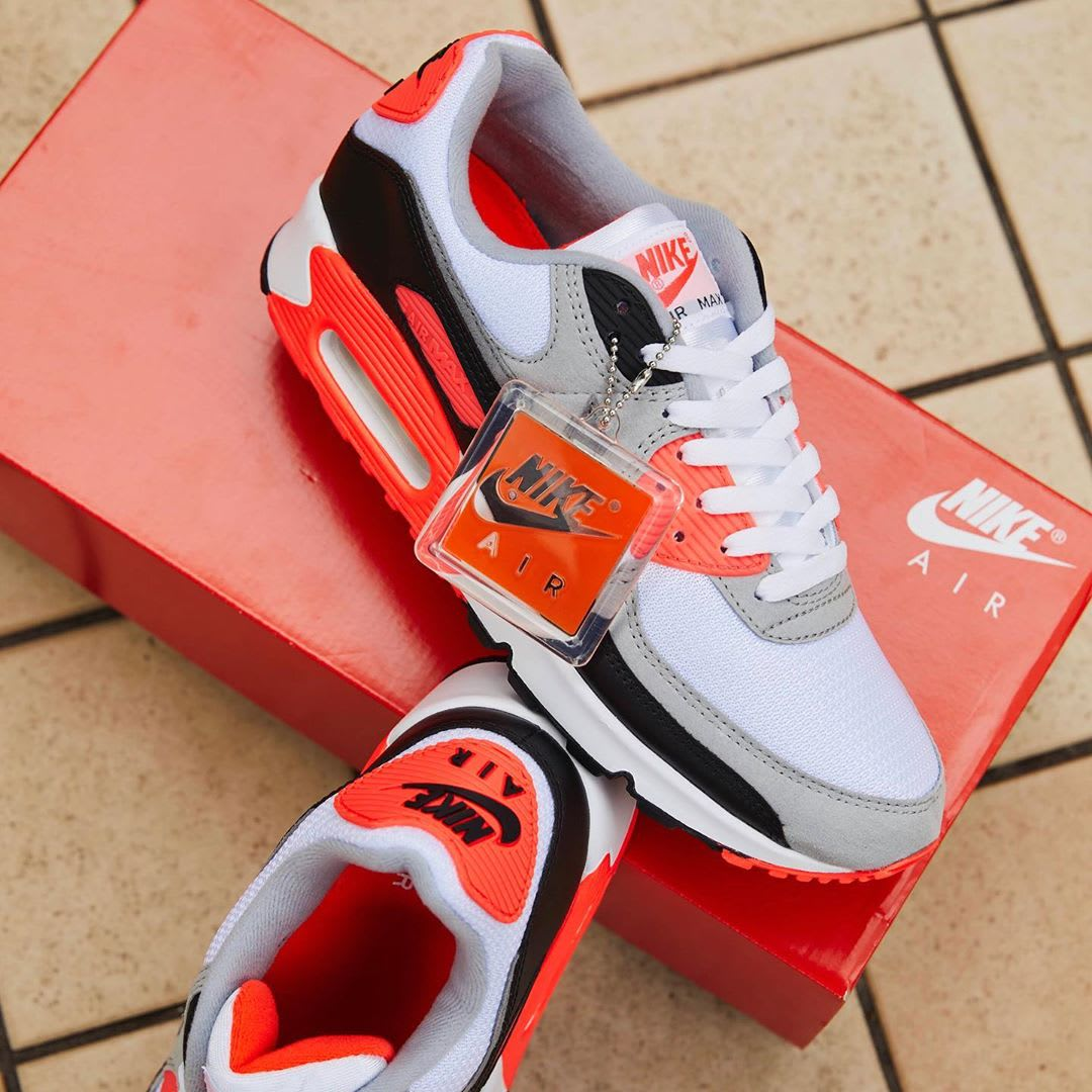 Nike Air Max 90 Infrared Release Date CT1685-100 Top
