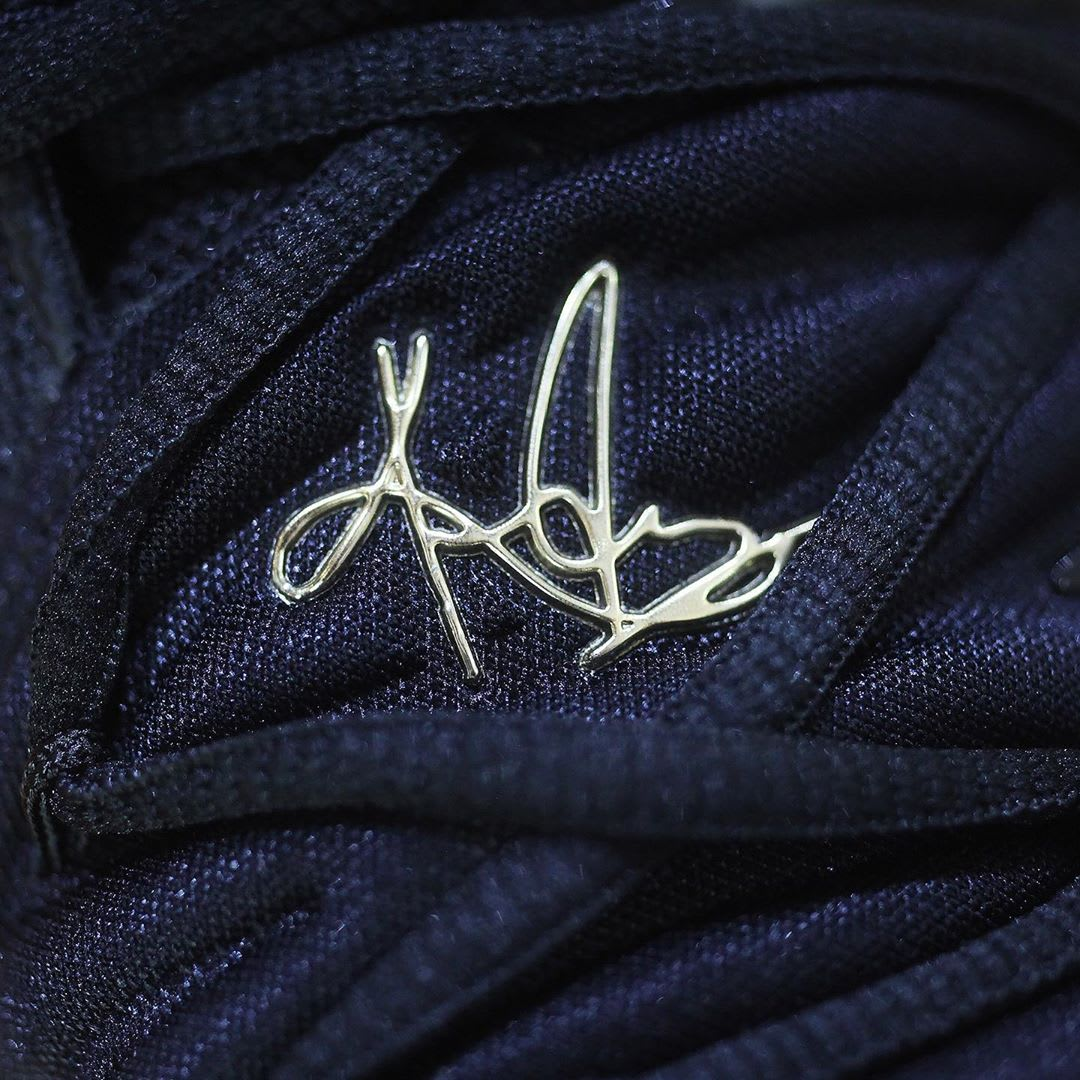 Nike Kyrie 5 Black Metallic Gold White Release Date AO2918-007 Shroud Logo