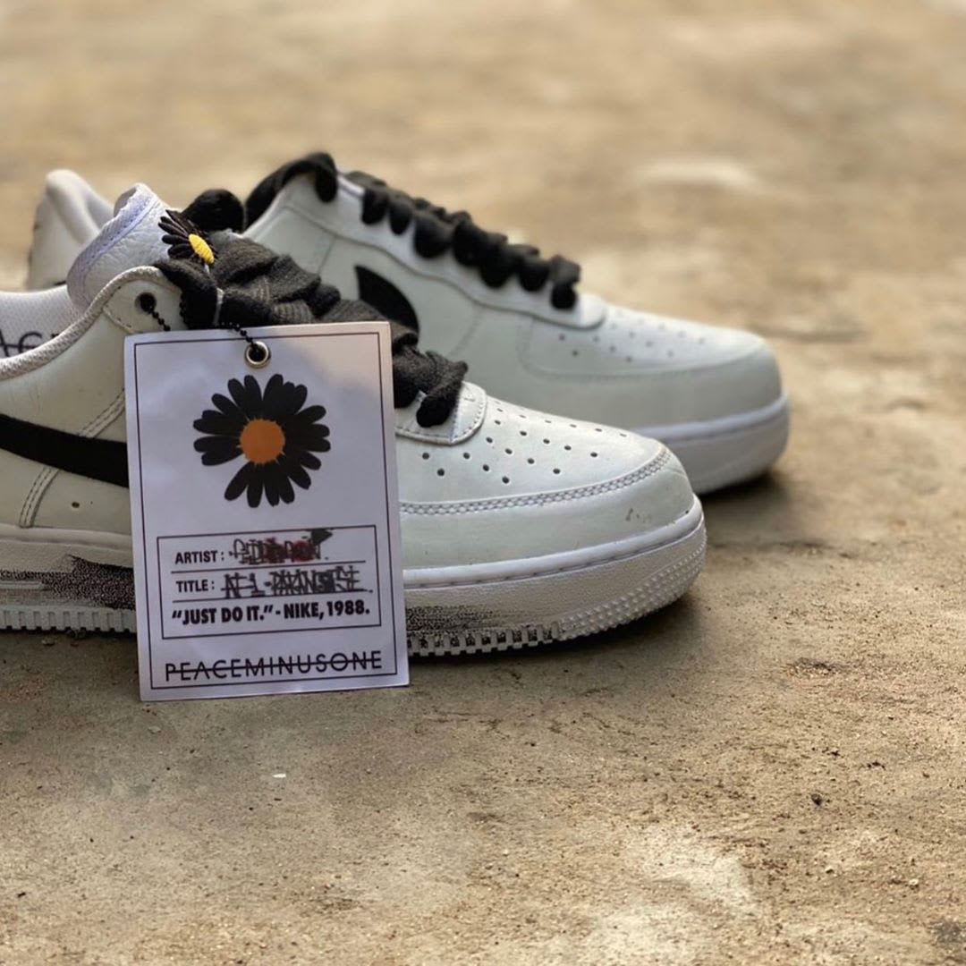 Peaceminusone x Nike Air Force 1 Low White Black Release Date DD3323-100 Tag