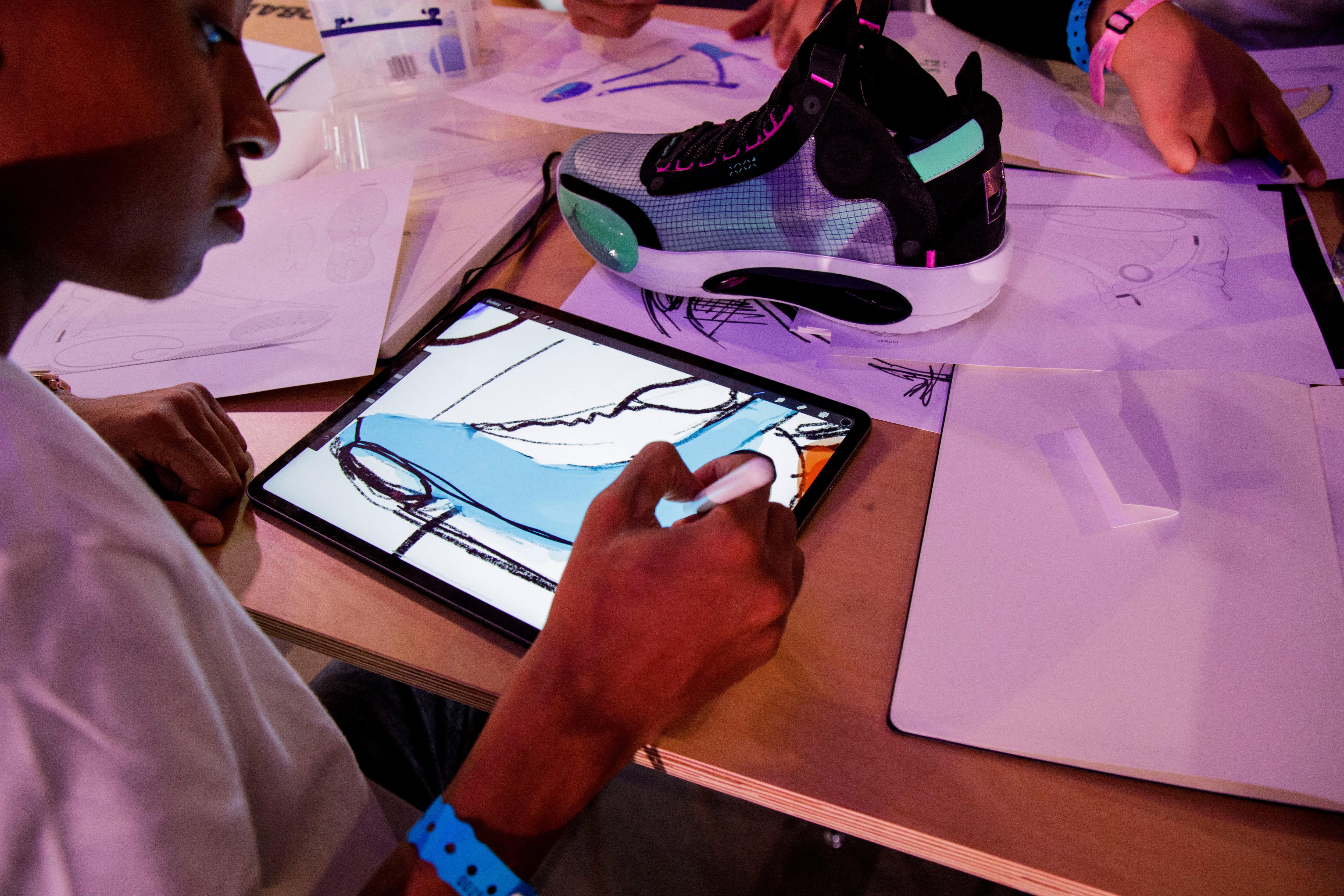 Students Design Zion Williamson Air Jordan 34 (3)