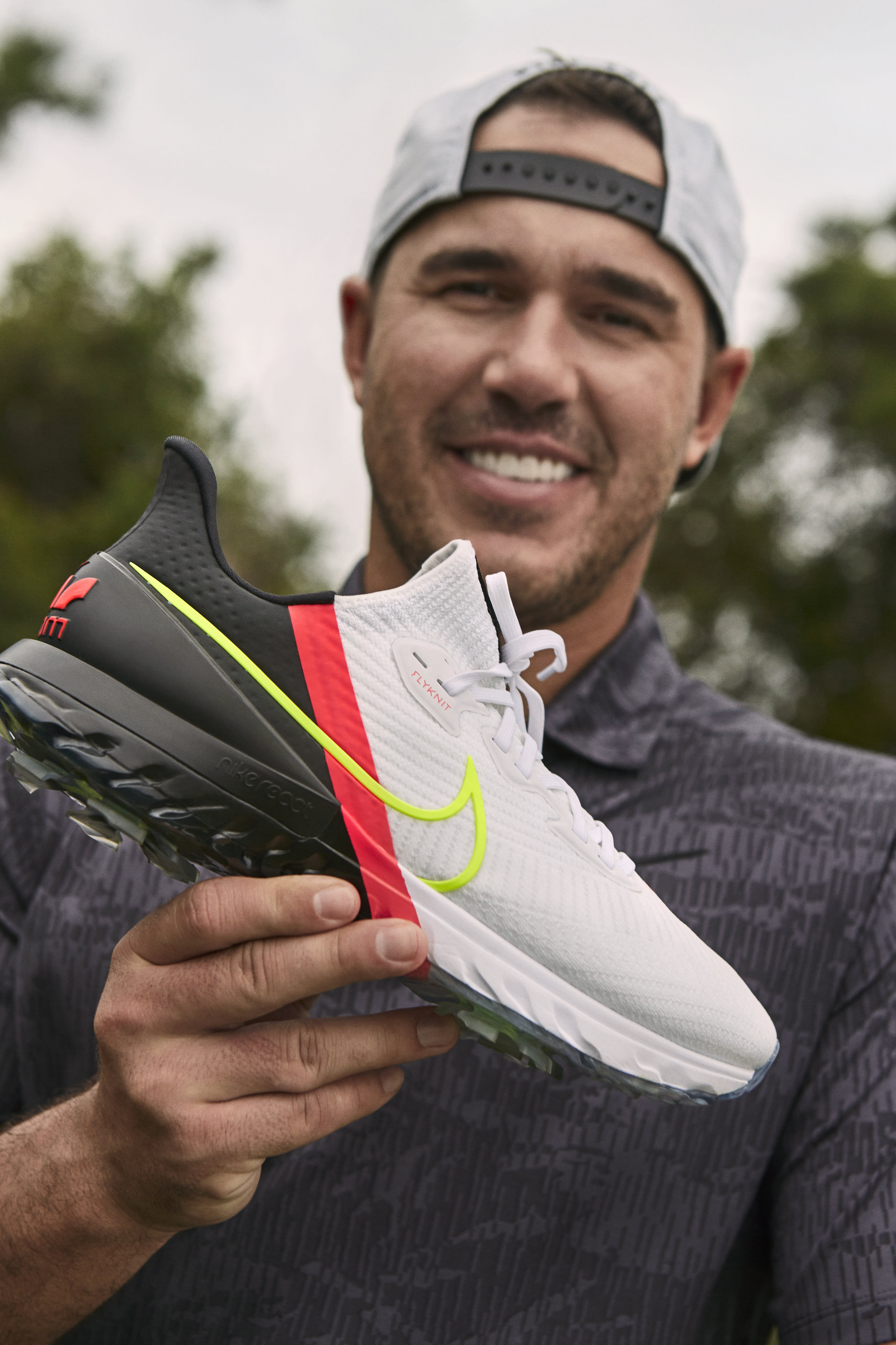 nike-air-zoom-infinity-tour-lateral