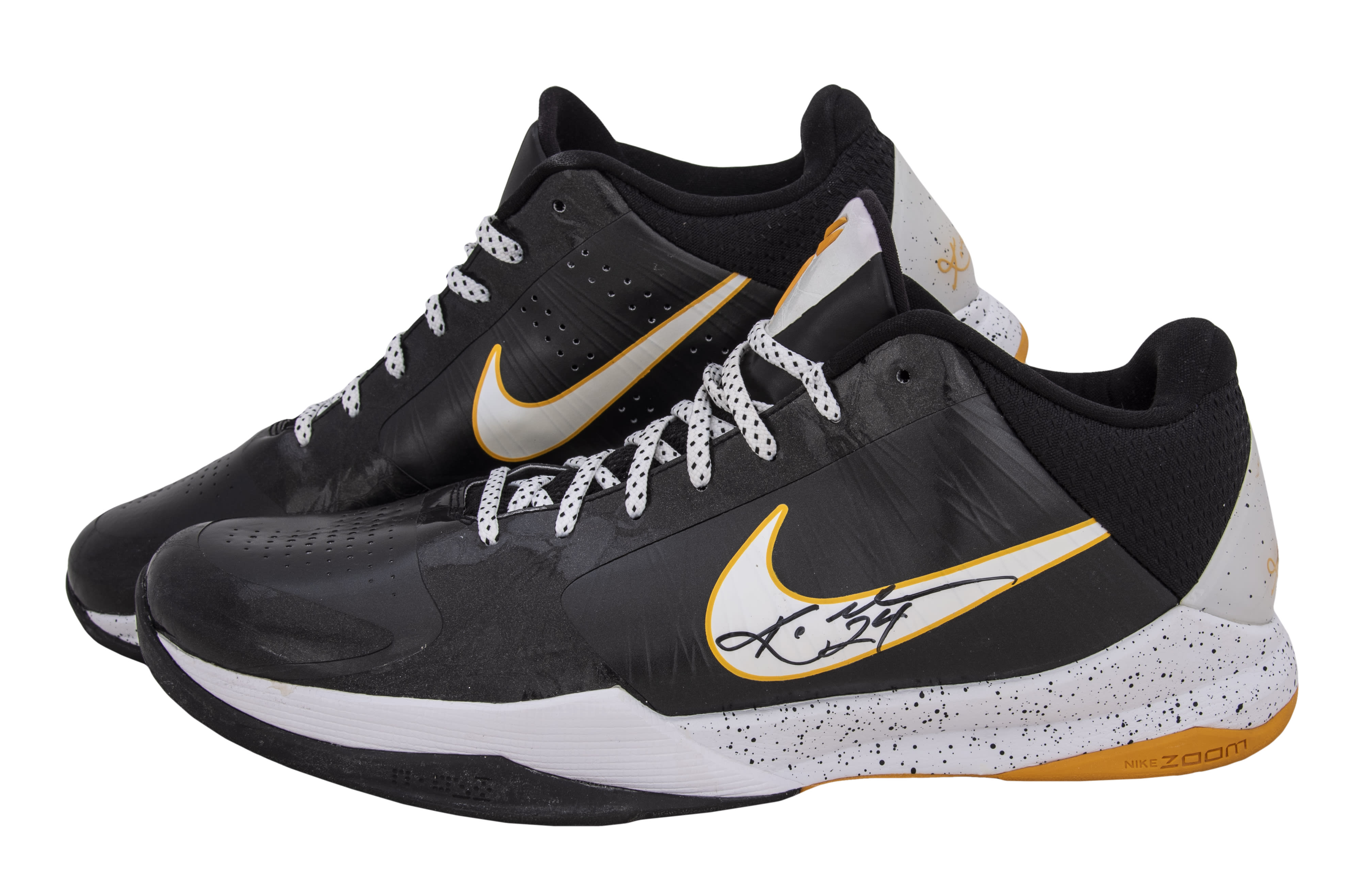 Kobe Bryant 'Hall of Fame' Auction Nike Kobe 5 'Del Sol'
