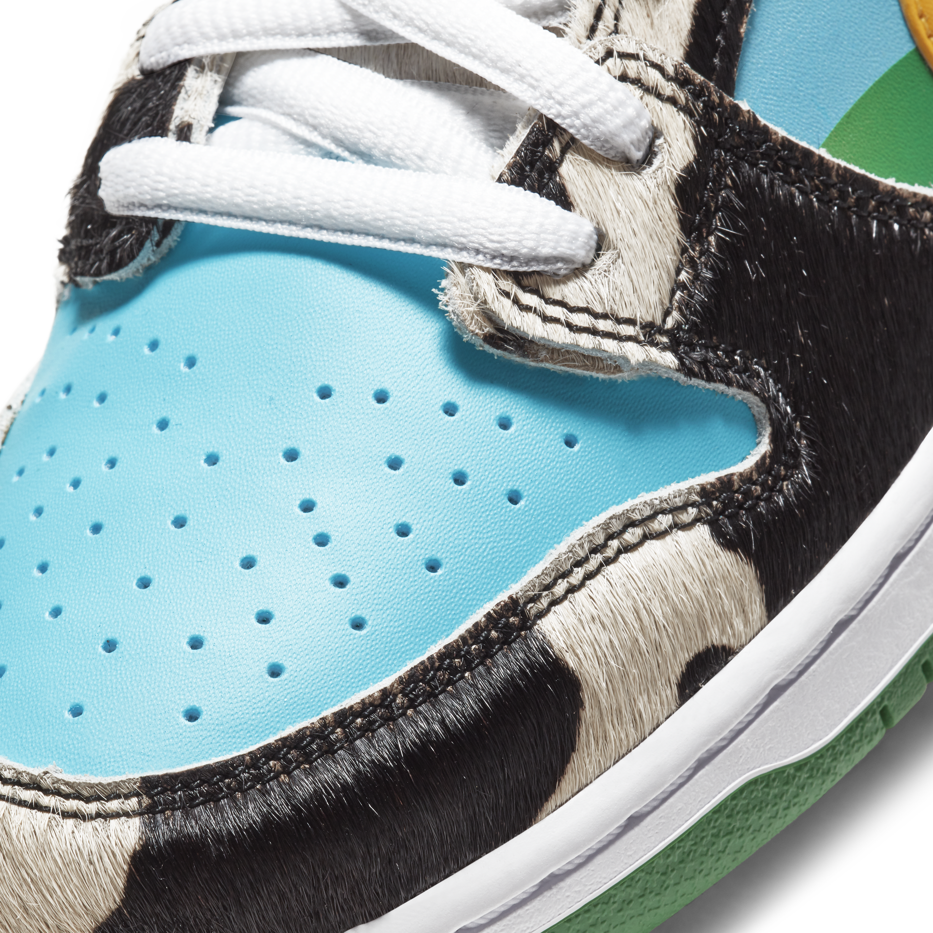 Ben and Jerry's x Nike SB Dunk Low 'Chunky Dunky' CU3244-100 (Toe Detail)