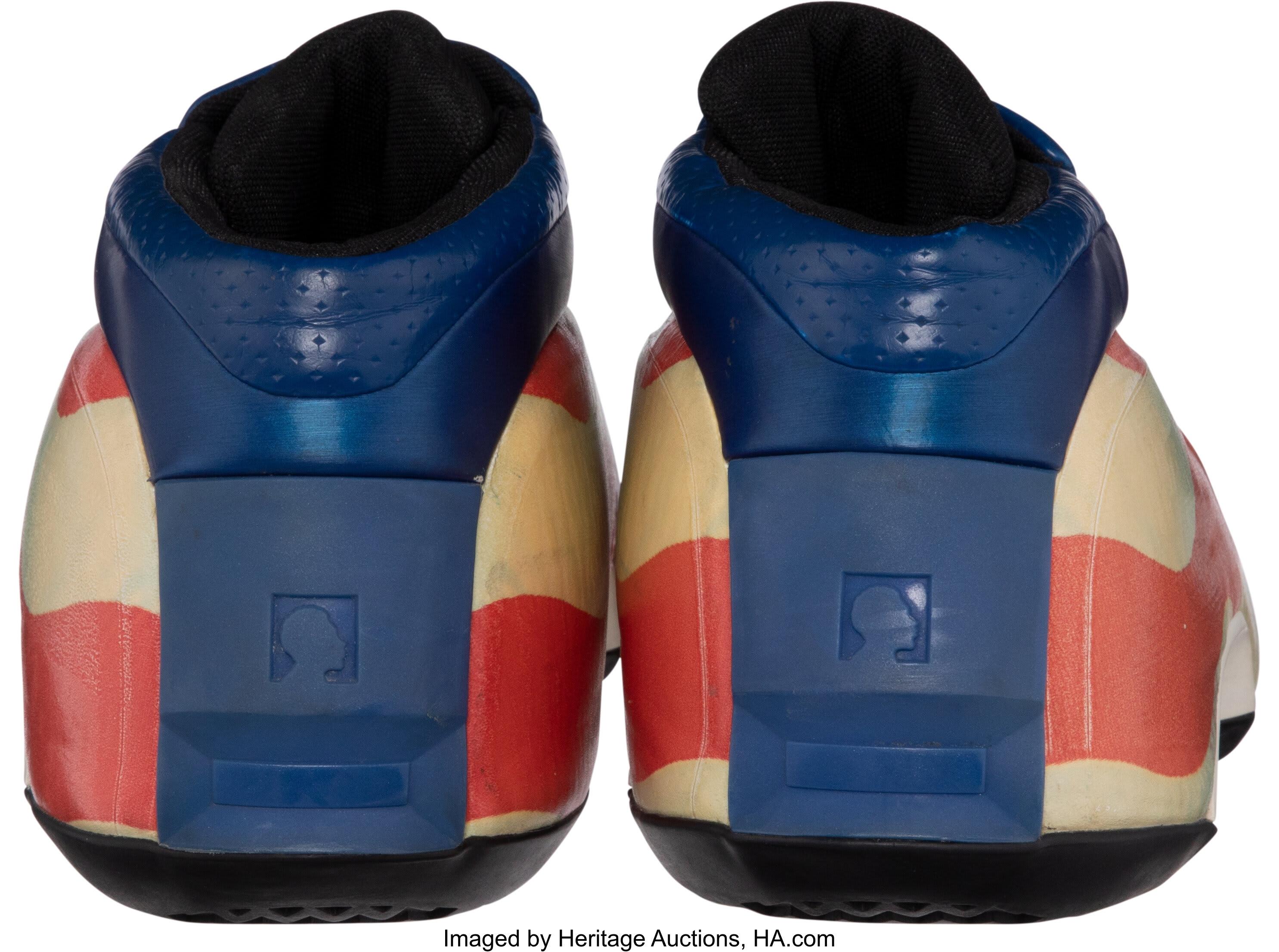 Lebron James Game-Worn Adidas Kobe 2 Heel