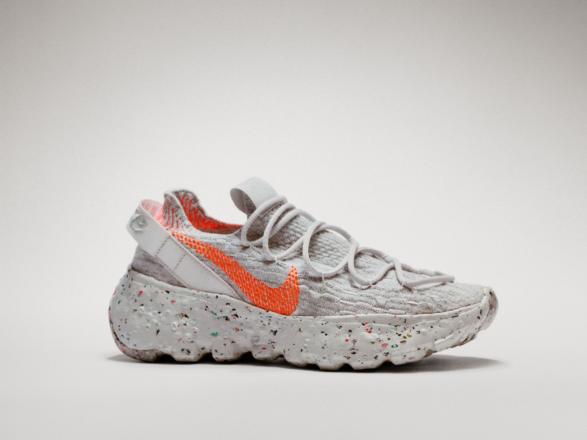 Nike Space Hippie 04