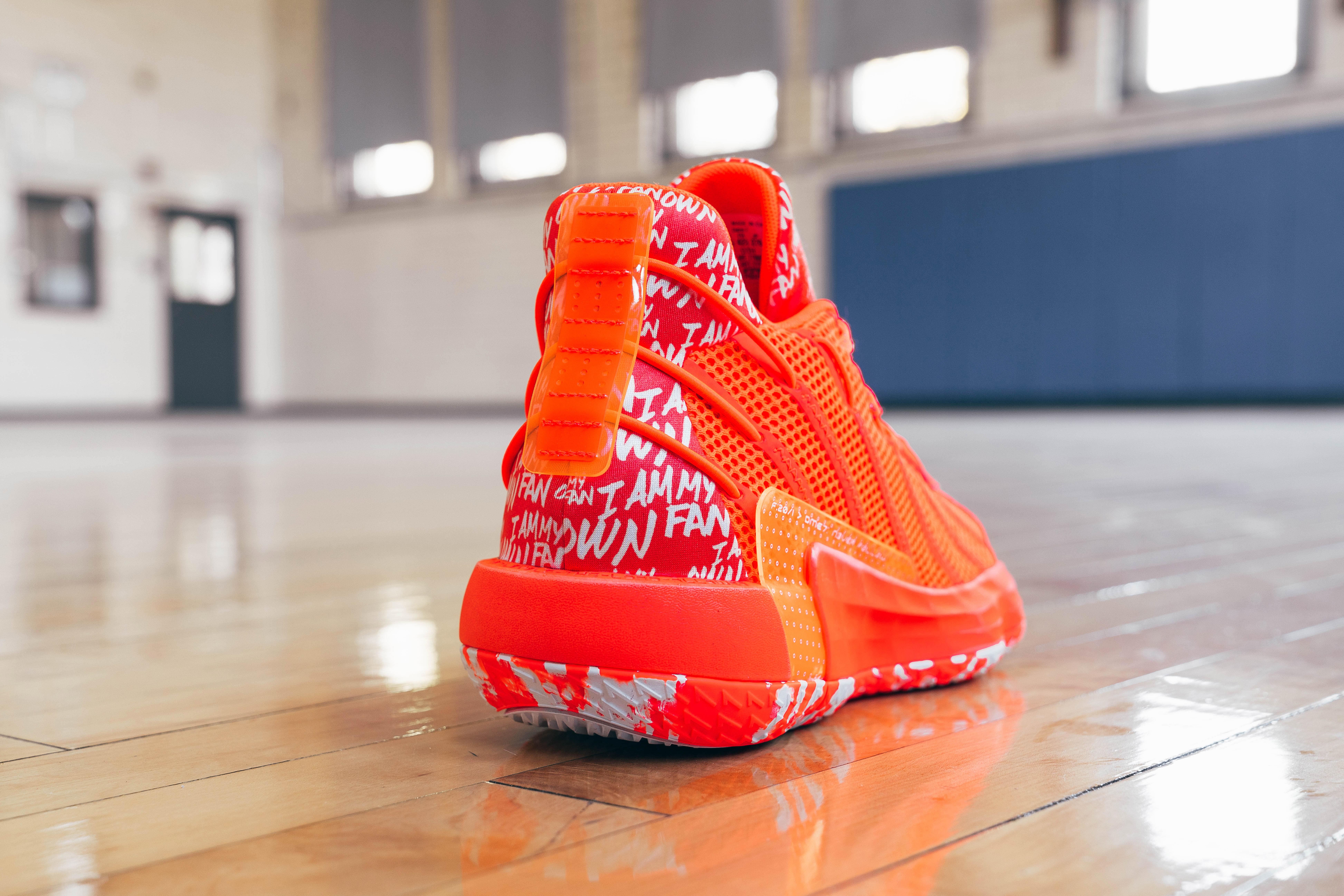 Adidas Dame 7 Orange (Heel)