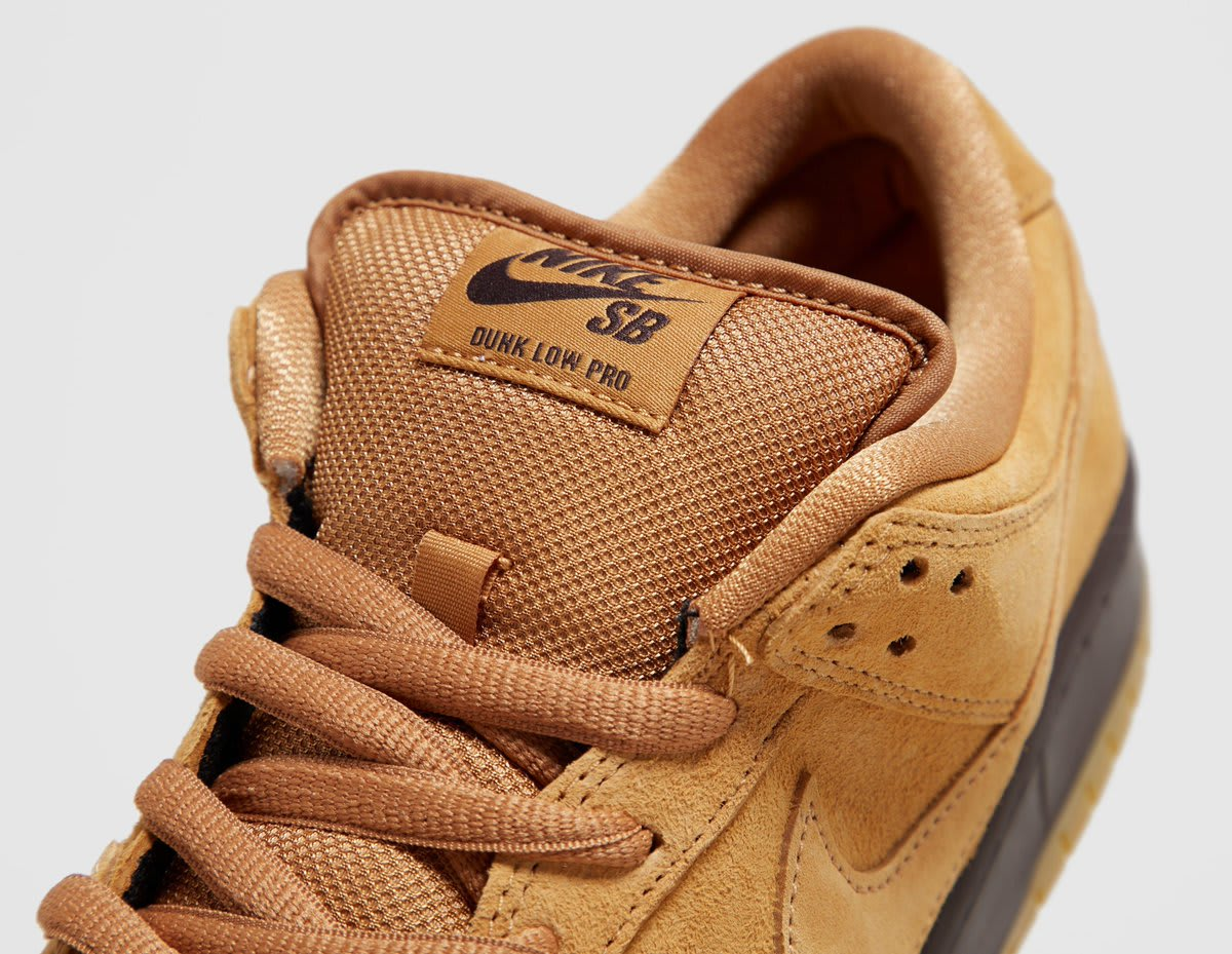 Nike SB Dunk Low Wheat Mocha Release Date BQ6817-204 Tongue
