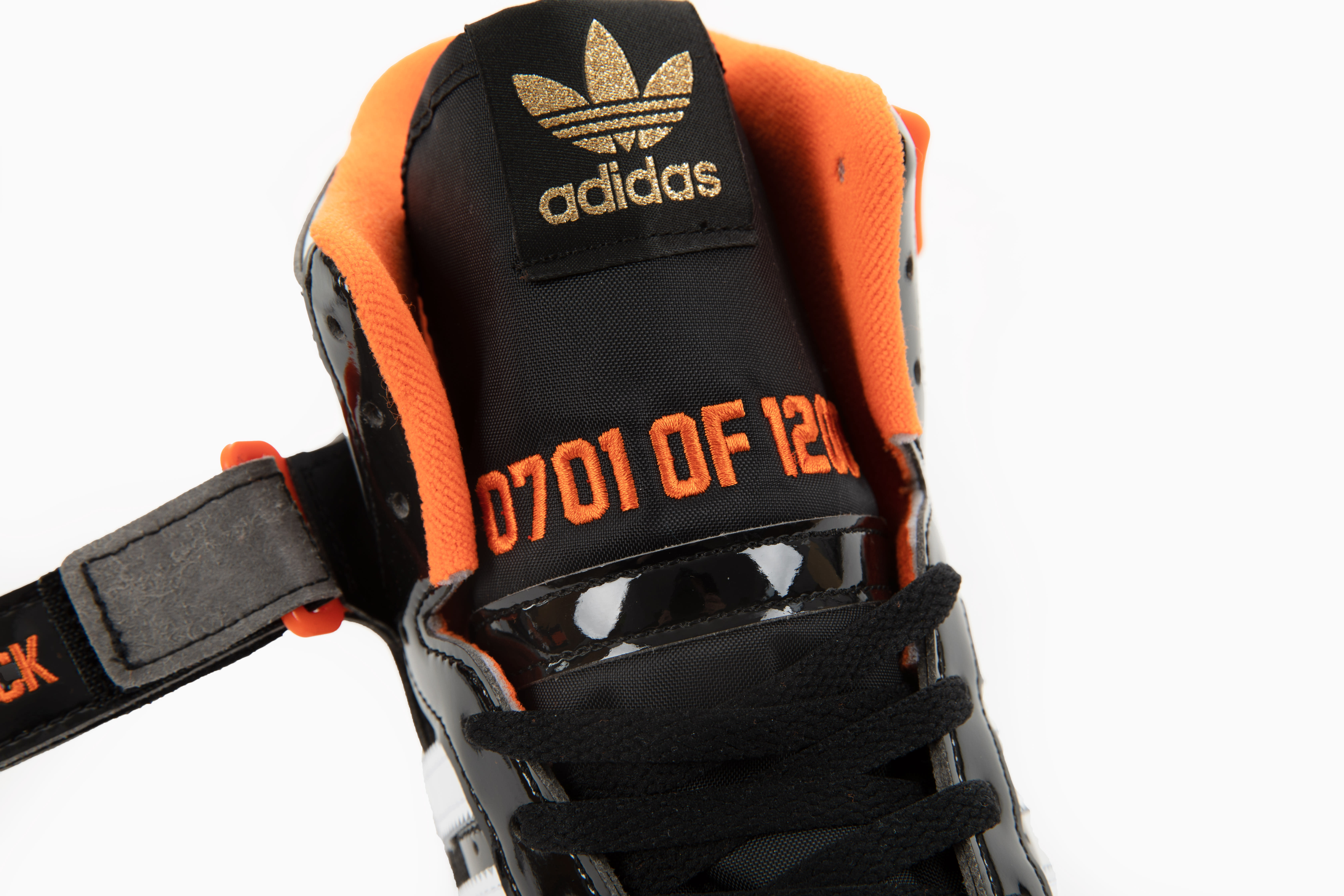 Snipes x Adidas Forum 'Detroit Bad Boys' GZ8375 Tongue