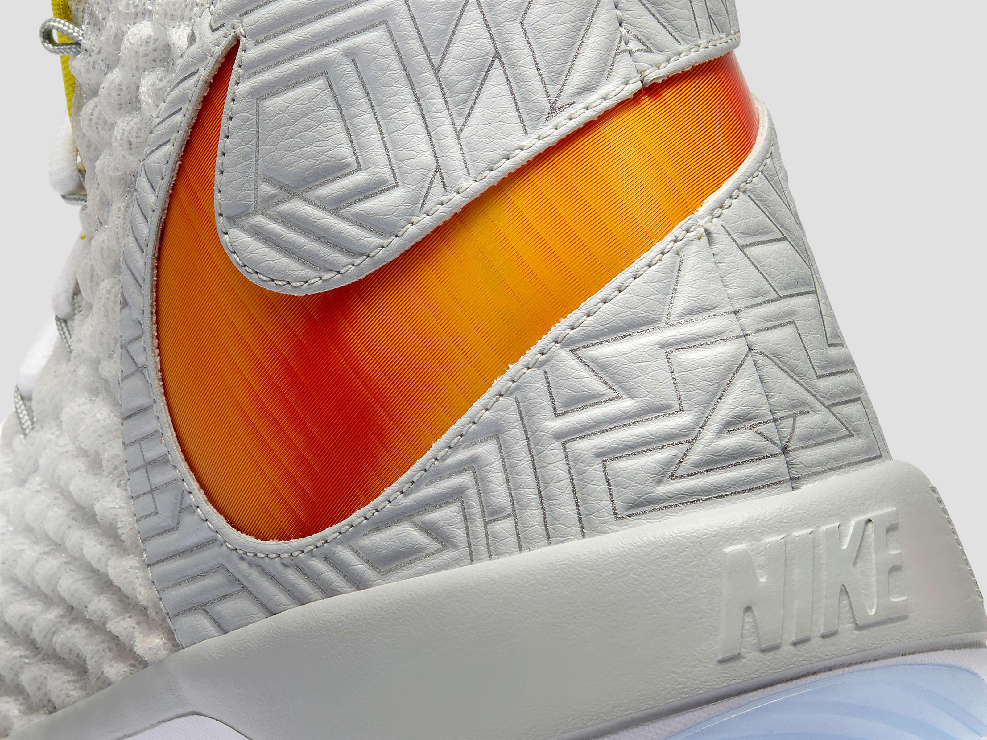 Nike AlphaDunk (Detail)