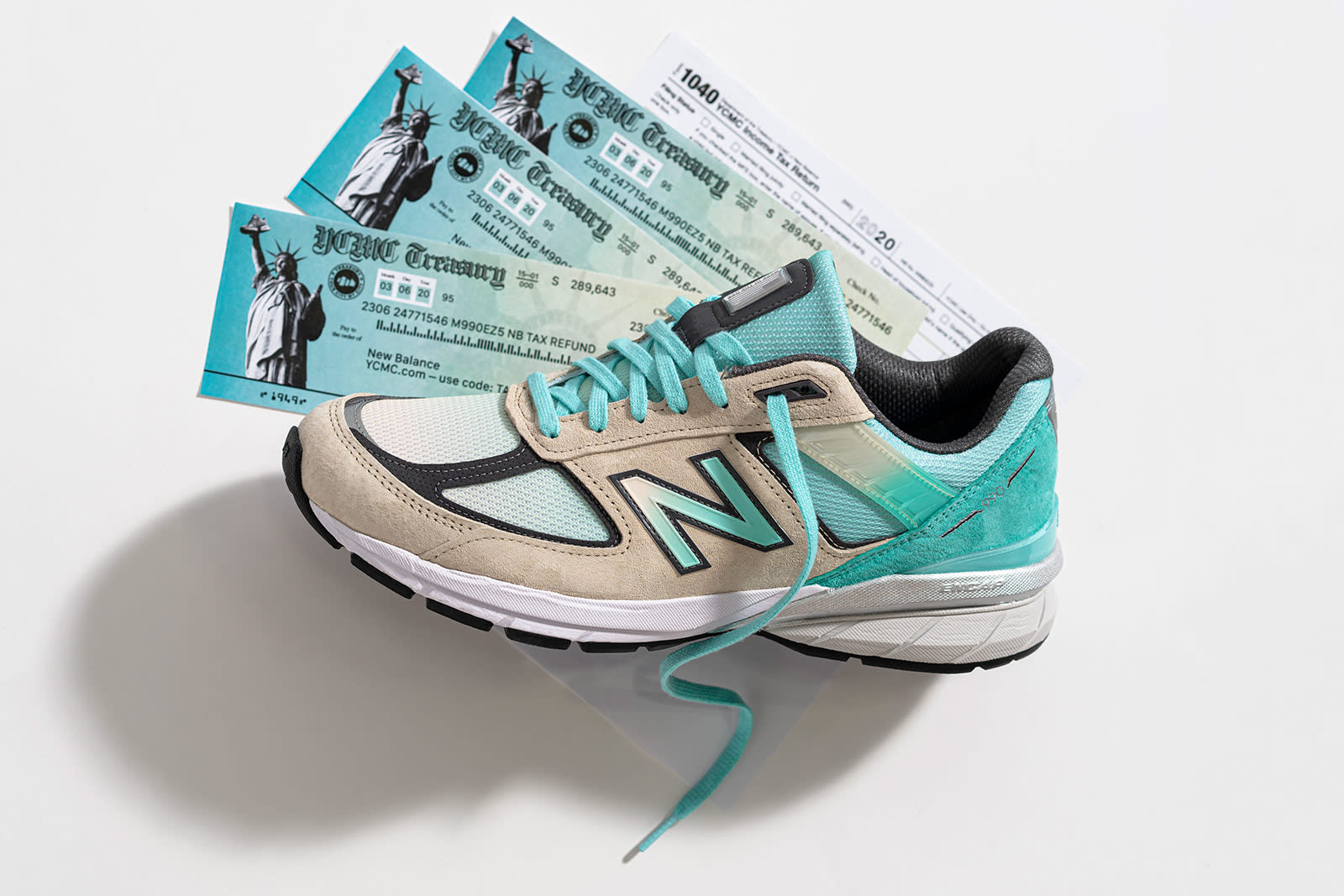 ycmc-new-balance-990v5-big-checks-and-no-stress-lateral