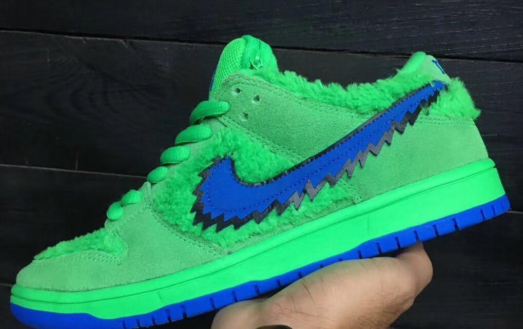 Nike SB Dunk Low Grateful Dead Bears Green Blue Release Date