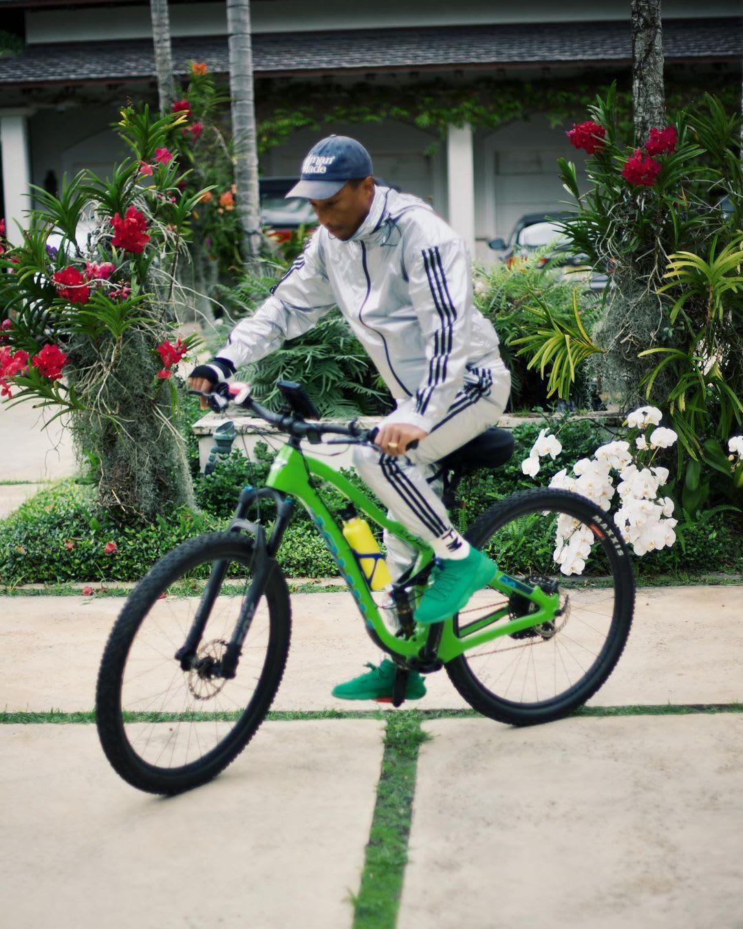 Pharrell x Adidas Humanrace Sichona (Pharrell)