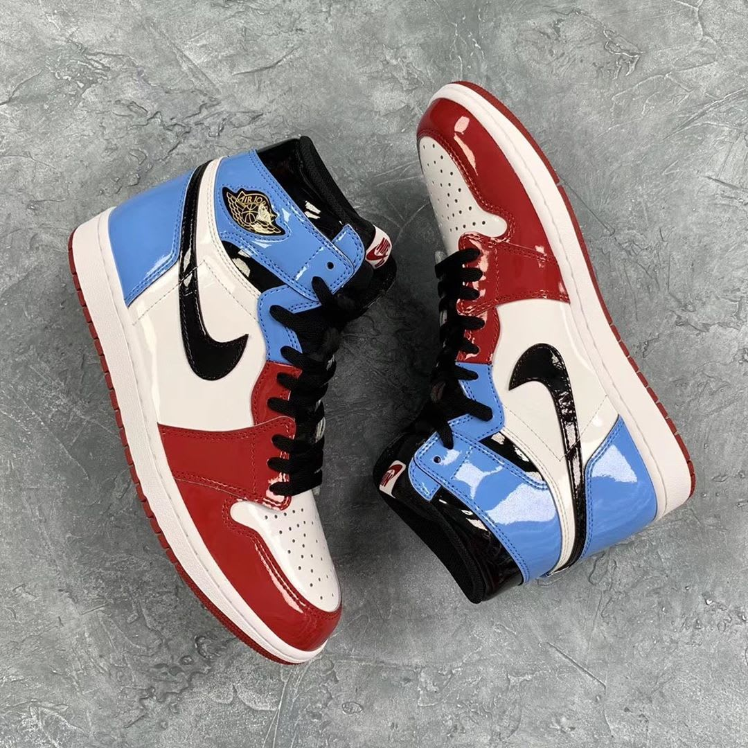 Air Jordan 1 Fearless UNC Chicago Release Date Lateral Medial