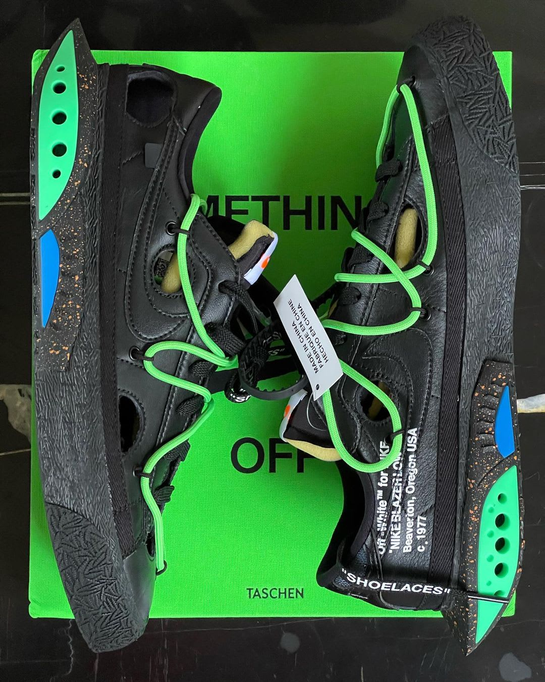 Off-White x Nike Blazer Low 'Black/Green' 'White/University Red ...