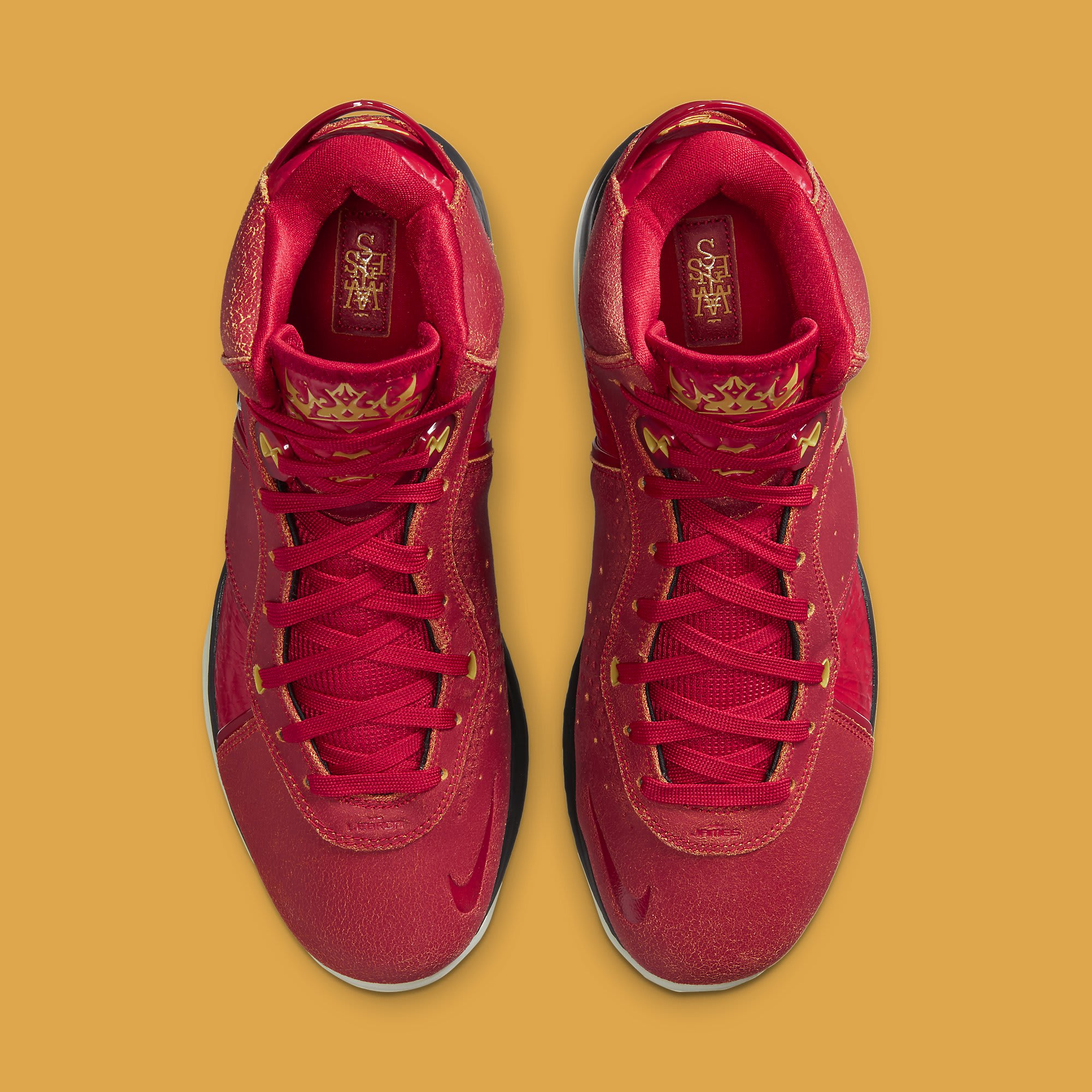 Nike LeBron 8 QS 'Gym Red' CT5330-600 Top